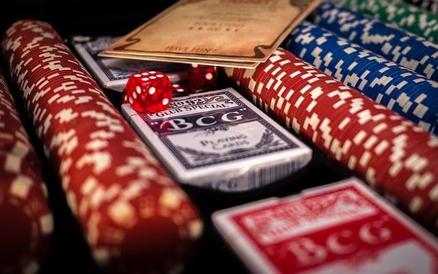 Online Casinos v Live Dealer Casino